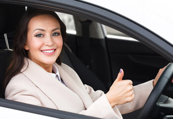 why women pay less for car insurance than men